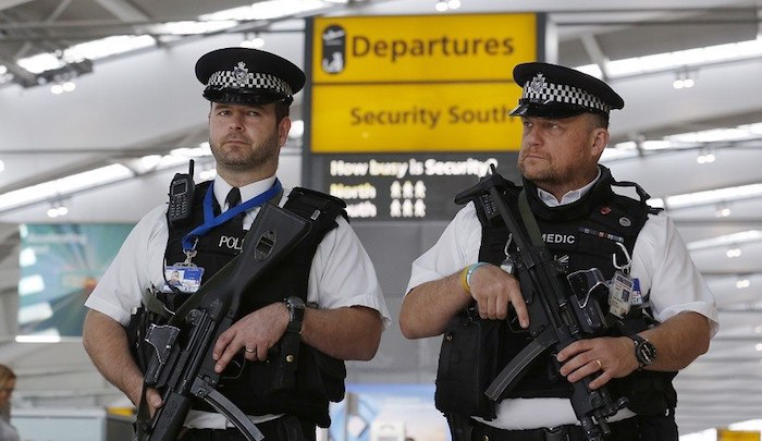 UK: Muslim on terror watchlist gets job at Heathrow Airport, has access to runway