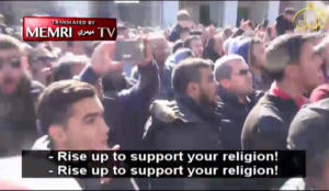 "Al-Aqsa Mosque rally: Muslims screaming ""Allahu akbar"" vow to kill Trump, ""cut off tongues that support peace"""