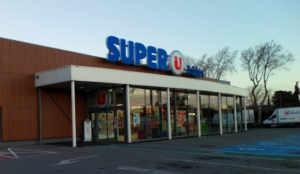 France: Muslim murders butcher, takes eight hostages and shoots cop in supermarket
