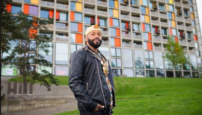 UK: Use your vote or end up with Khan or Magid
