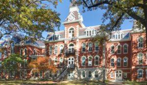 Catholic university in Iowa opens sex-segregated prayer space for Muslim students