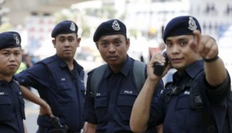 Malaysia: Yet another man arrested for insulting Islam on Facebook