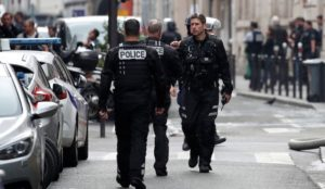 Paris: Armed man takes hostages, demands to speak to Iranian embassy, cops say it's not terrorism