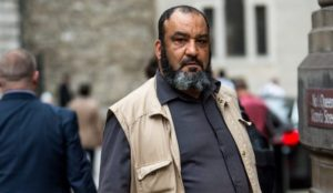 """UK: Muslim causes """"very significant injury"""" to police officer, is spared jail"""