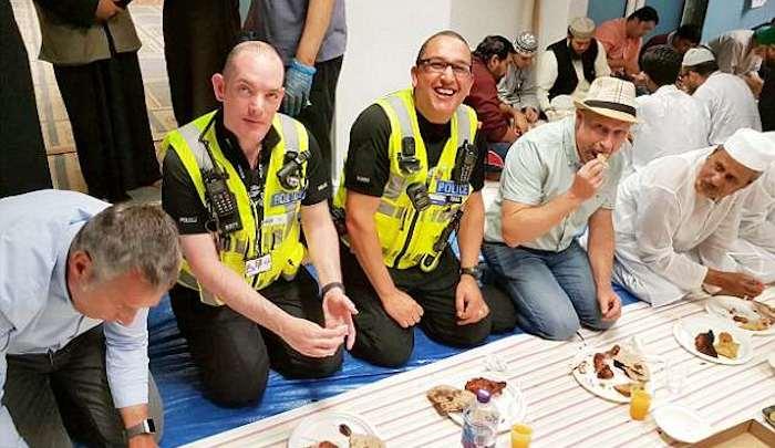 UK-police-Ramadan.jpg
