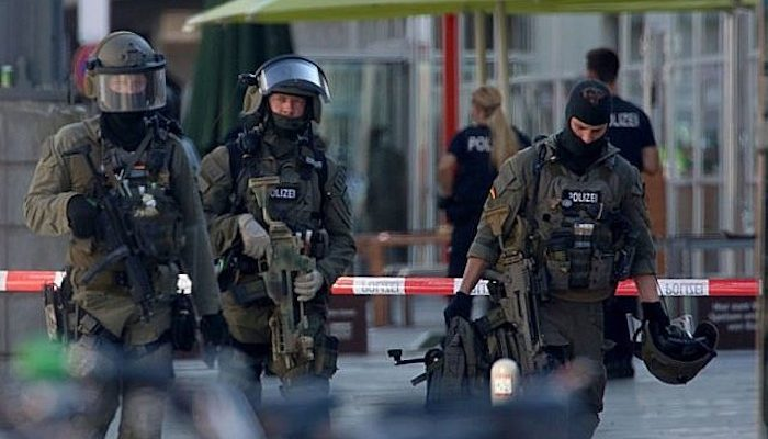 """Germany: Police """"not ruling out terror"""" in hostage-taking by Muslim migrant who threw Molotov cocktail"""