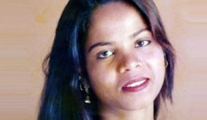 Pakistan: Asia Bibi, Christian woman acquitted of blasphemy, flown out of the country