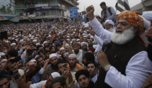"Pakistan: 11,000 Muslims in protests against acquittal of Christian ""blasphemer,"" demand public hanging"