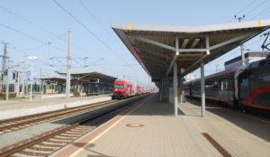 "Austria: ""Mentally ill"" man stabs two random train passengers in the neck"