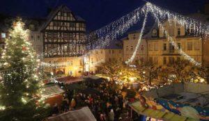 "Germany: Muslim migrant screaming ""Allahu akbar"" and waving hatchet threatens people at Christmas market"