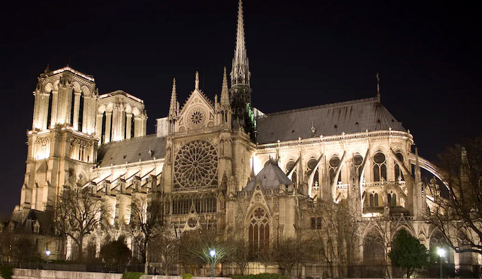 "France: Muslim girl ""in search of love"" plotted to blow up car packed with gas canisters near Notre Dame cathedral"