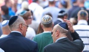 Germany: violent Islamic antisemitism rises, government official warns Jews to avoid wearing kippahs in public