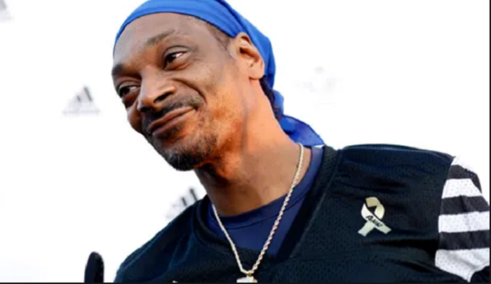 9a75f0ce0 Rapper Snoop Dogg defends Nation of Islam leader against Facebook ...
