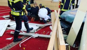 "France: Man who rammed his car into mosque turns out to be a Muslim screaming ""Allahu akbar"""