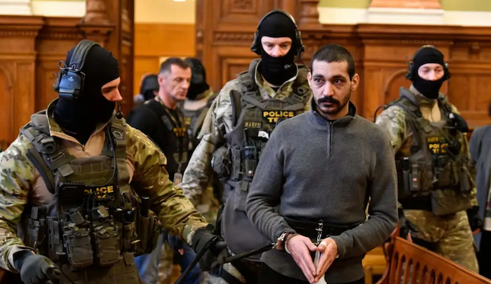 Hungary: Muslim migrant turns out to be Islamic State leader, accused of crimes against humanity