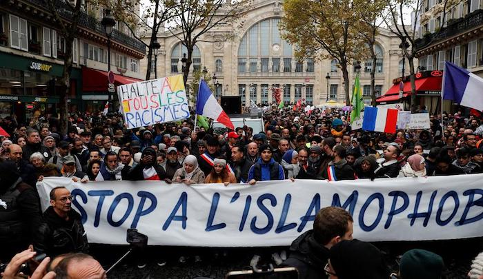 """France: Thousands march against """"Islamophobia,"""" saying  """"Yes to criticism of religion, no to hatred of believers"""""""