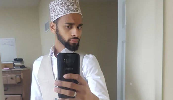 Canada: Muslim charged with terror offenses says ISIS videos on his phone loaded automatically as he was surfing net