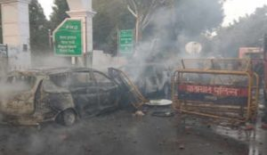 India: Muslims throw stones and torch vehicles in riots against new law admitting non-Muslim refugees