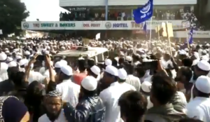 India: Muslims vandalize police vehicle, thrash cops in riots over law letting in non-Muslims from Muslim lands