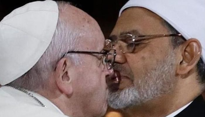 ISIS Branches Out Into Comedy, Accuses Pope Woke I of Trying to Start New Crusade
