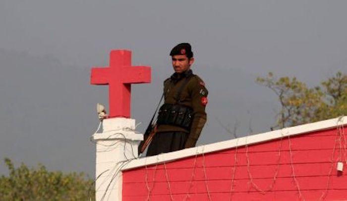 https://www.jihadwatch.org/wp-content/uploads/2020/09/Pakistan-guard-on-church-rooftop.jpg