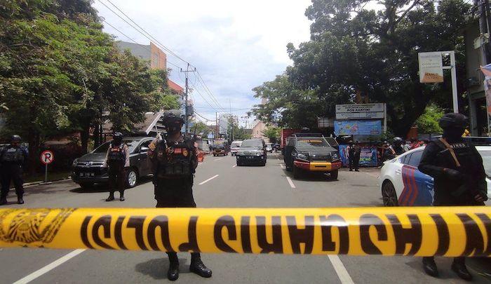 https://www.jihadwatch.org/wp-content/uploads/2021/03/Indonesia-church-bombing.jpg