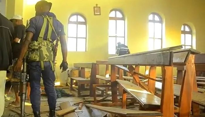 Democratic Republic of Congo: Muslims place bomb inside Catholic church, seriously injure two Christians