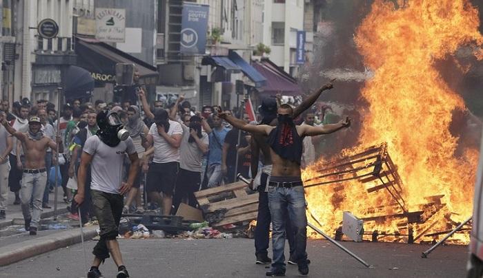 https://www.jihadwatch.org/wp-content/uploads/2021/06/pro-palestinian-protests.jpg