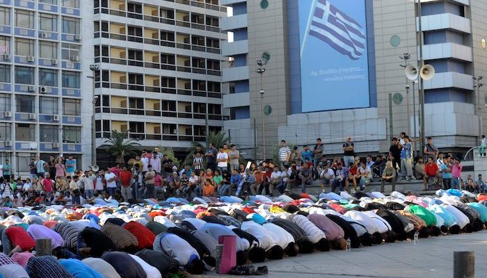 Greece: 'Islamic Police' enforce Sharia rules in the center of Athens, 'terrorize' people
