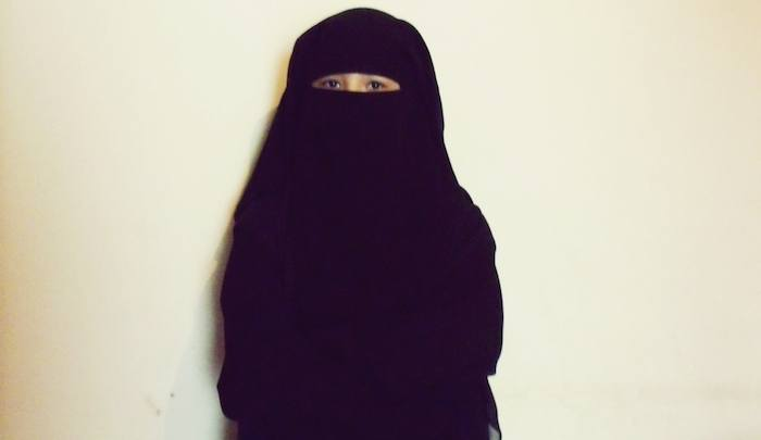 https://www.jihadwatch.org/wp-content/uploads/2021/07/girl-in-niqab.jpg
