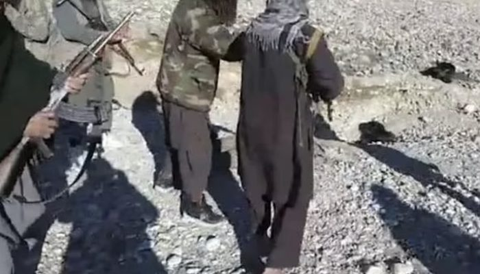 Afghanistan: Taliban behead Afghan soldier and then chant 'mujahideen' while parading around with severed head